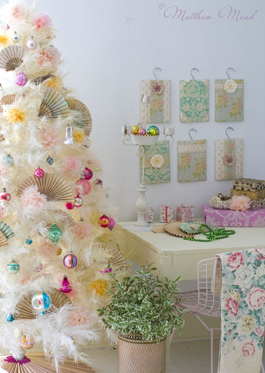 white-tree-vintage-ornaments-matthew-mead